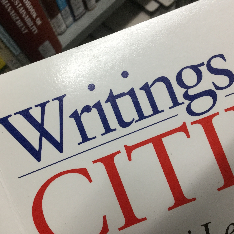 Writingsと書いてある写真です。