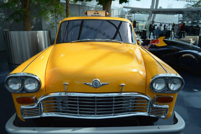 黄色い外車