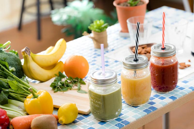 フルーツ、野菜、ジュース