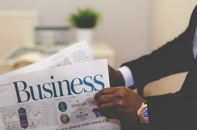 新聞(businessと書かれている)