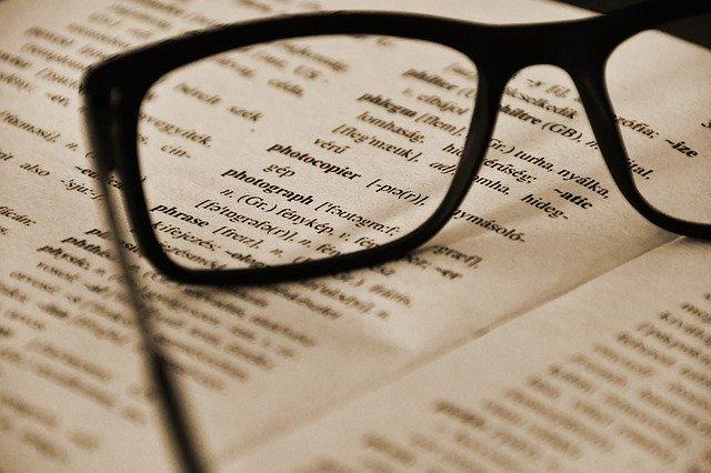 英語の辞書とめがね