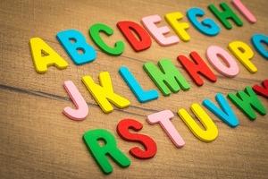 英語のリズムやイントネーションの習得に効果的な「チャンツ」とは?