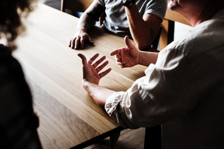 英語初心者が3ヵ月で海外企業との商談ができるようになった勉強法!話せるようになるまでの3つのステップとは?