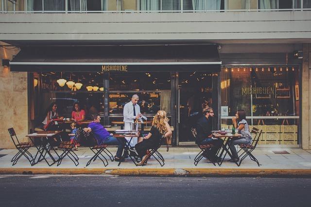 英語の接客用語の決定版|レストランなどの飲食店で使える英会話フレーズを紹介!
