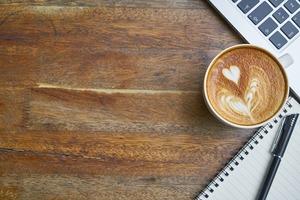カフェで英会話学習できるって本当?今話題のプレミアムカフェ英会話とは?