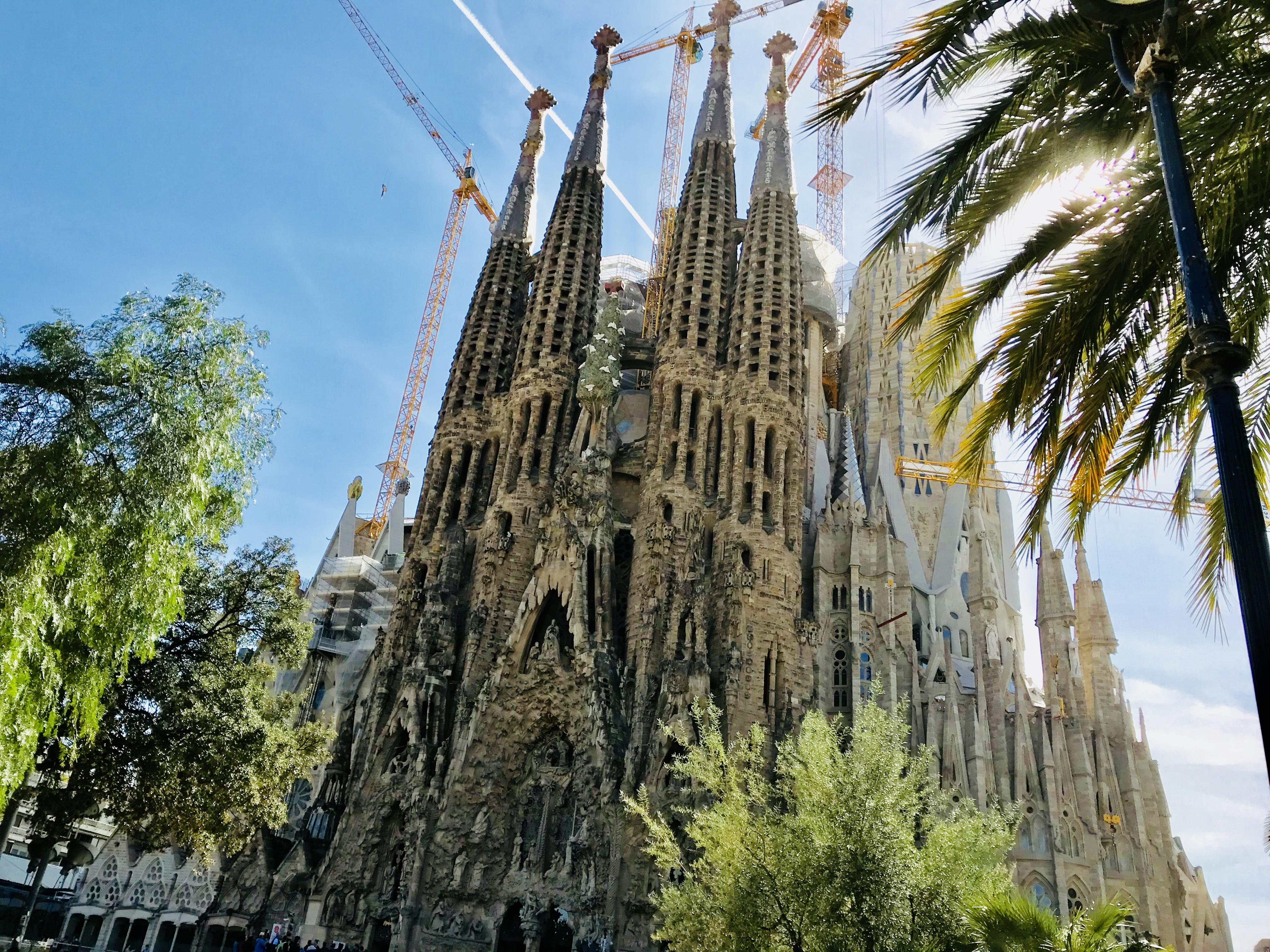 スペインで英語は通じる?通じない?バルセロナ、マドリードなどスペイン旅行に行く方は必見!