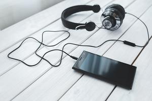 英語学習におすすめのPodcast(ポッドキャスト)7選|楽しく英会話を学ぼう!
