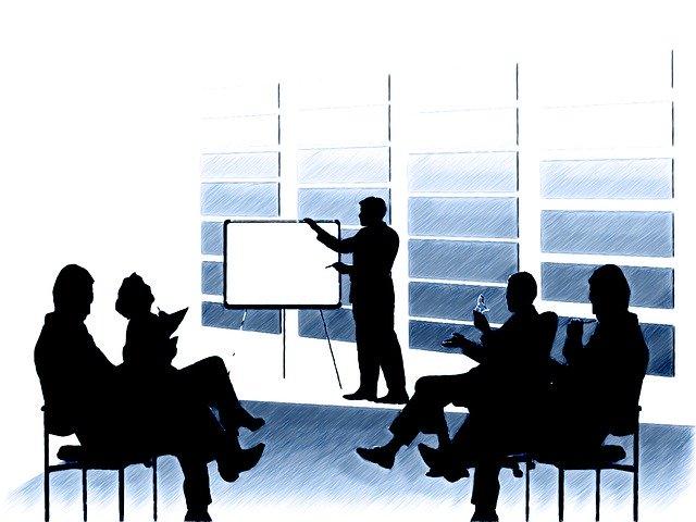 英語の「提案」表現|ビジネスシーンで通用するフレーズの使い分け方もご紹介!