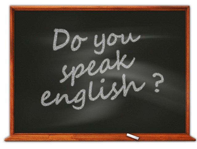 【決定版】大人がやるべき英会話の独学勉強法|効果的に上達するには?