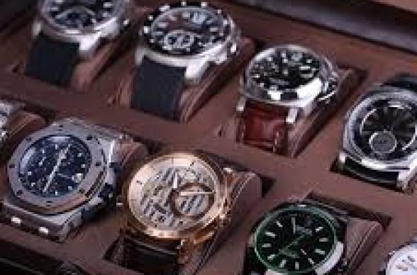 lowest price bc864 c4fbe 時計ケースおすすめランキングTOP11!コレクションや持ち運びに ...
