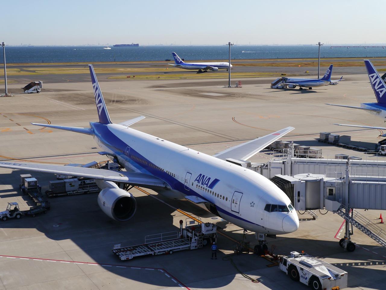 日本 から ハワイ まで 何 時間