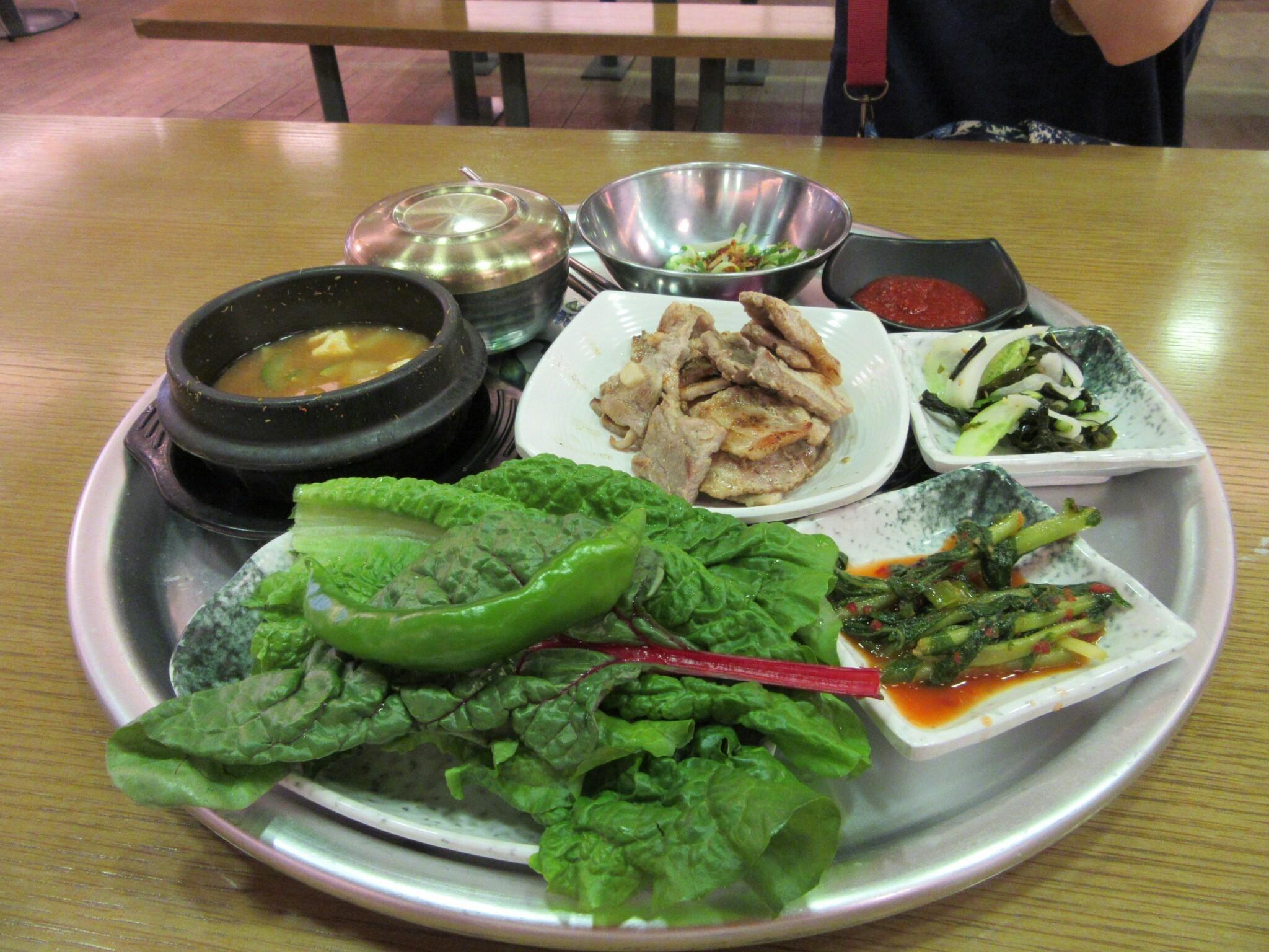 韓国・サムギョプサル
