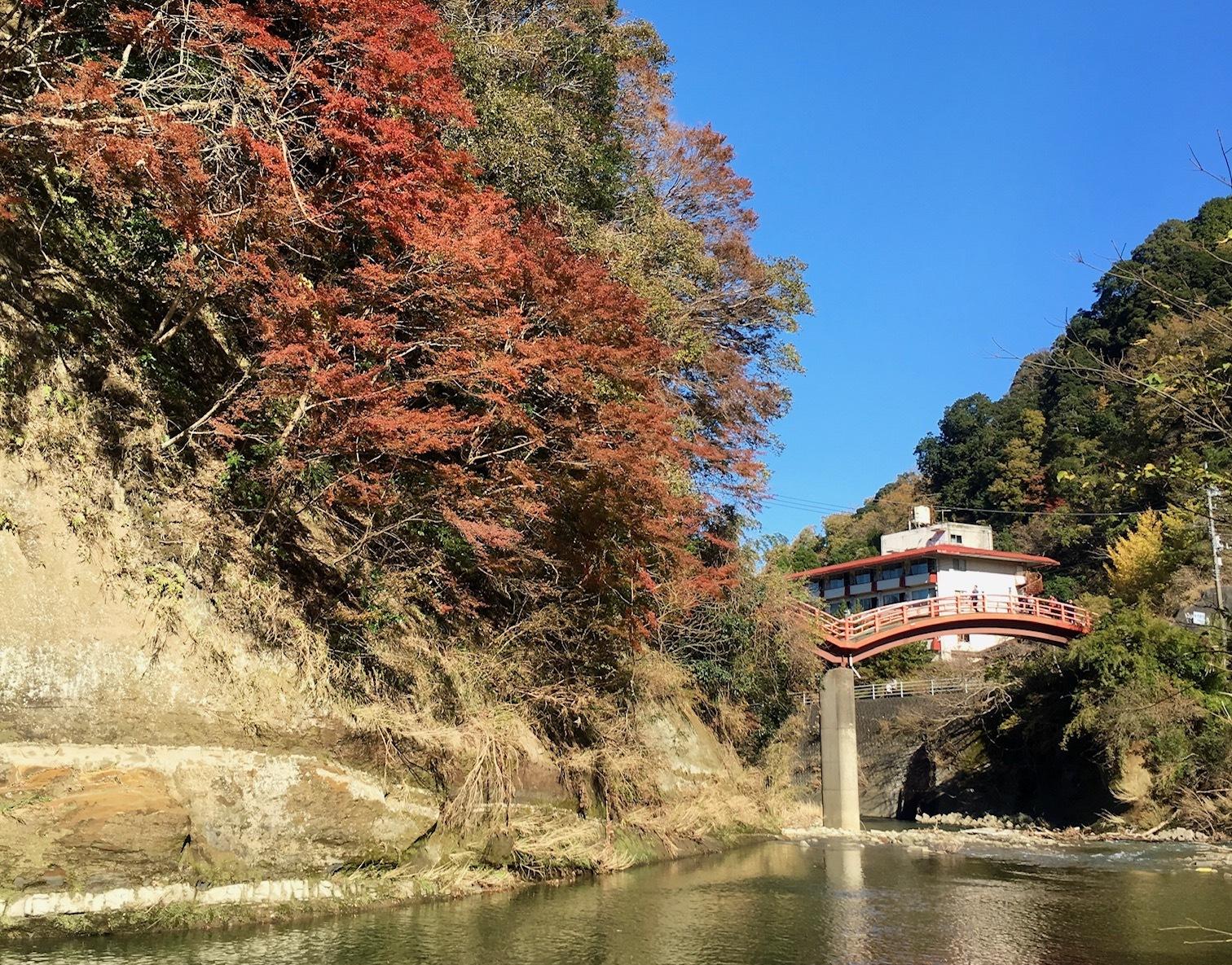 個人撮影:紅葉シーズンの養老渓谷