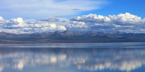 イエローストーン湖
