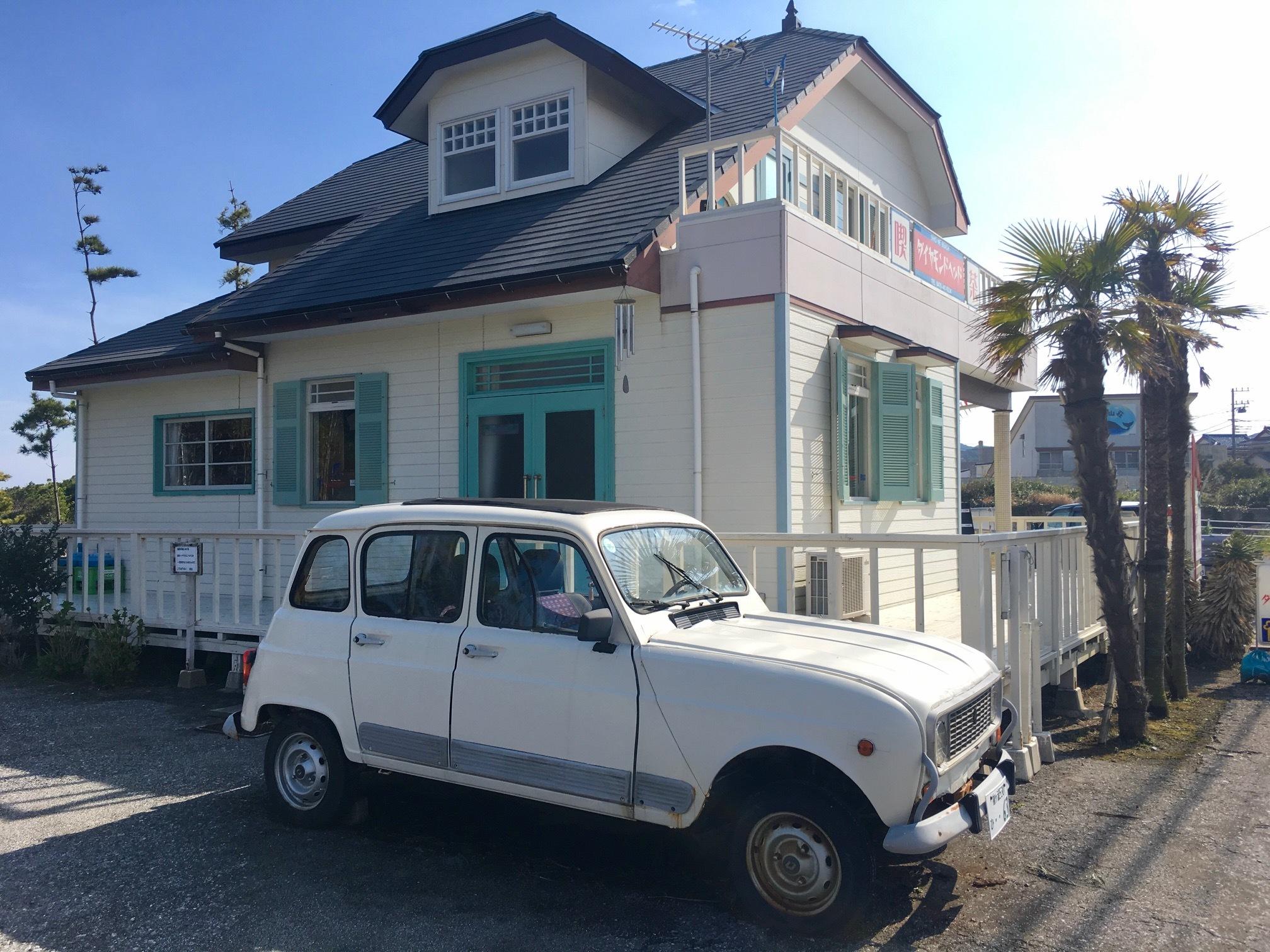 個人撮影:ドラマビーチボーイズで使用された民宿をモチーフにした房総にあるカフェ