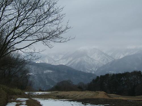 冬のアルプス山脈