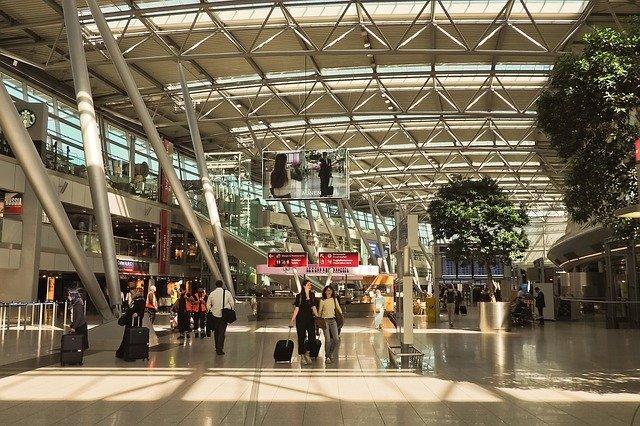 デュッセルドルフ空港の内部