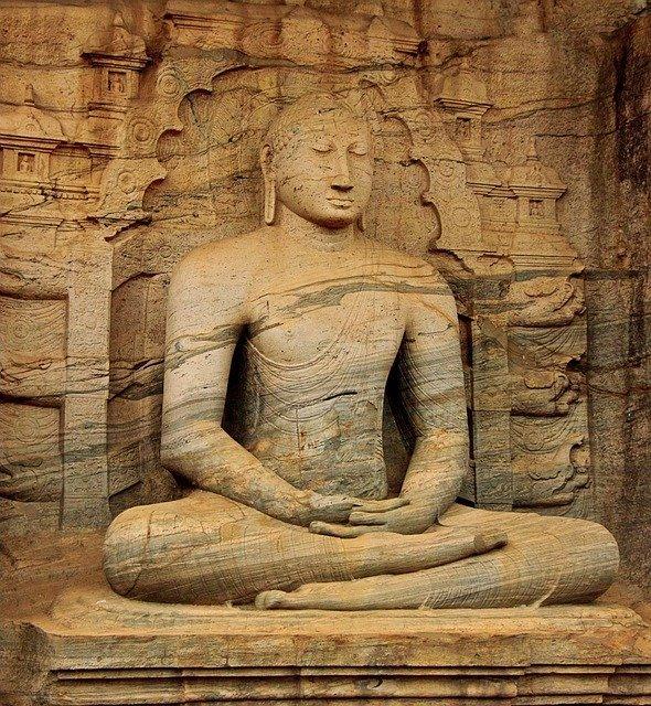 スリランカの宗教は?宗教の割合や起きている問題などを解説!   たび日和