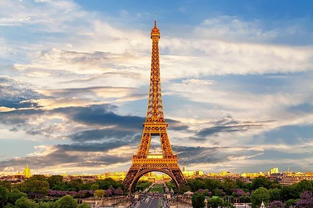 フランスの現在の治安は?パリ周辺の危険な地域や気をつけることをご紹介!