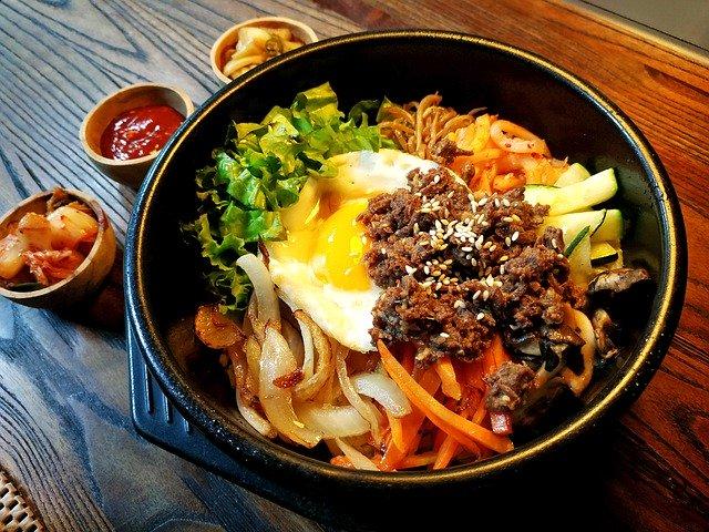 韓国語で美味しいは何という?実際においしかったときにはこうやって伝える!