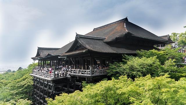 京都旅行で絶対行きたい人気スポット30選!楽しい名所や見どころをご紹介