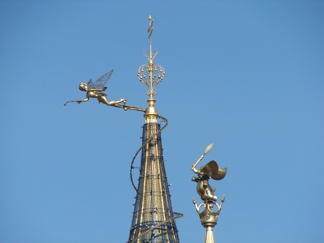 ディズニーランド・パリの楽しみ方は?乗るべきアトラクションをご紹介!