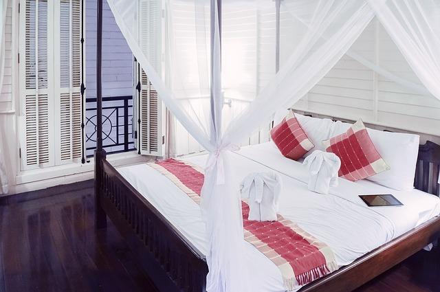ツインとダブルの違いって?どちらが部屋のベッドの数が2つ?