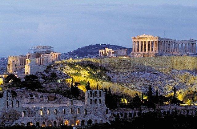 アテネを1日で楽しみ尽くすモデルコースをご紹介!