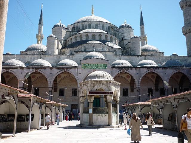 イスタンブールってどんな場所?トルコの首都の観光情報をご紹介!