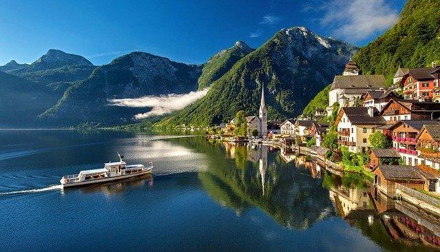 オーストリアの観光情報をご紹介!おすすめの季節はいつ?名所はどこに行くべき?