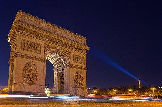 【厳選】花の都「パリ」の王道観光スポット12選!ココに行っとけば間違いなし!