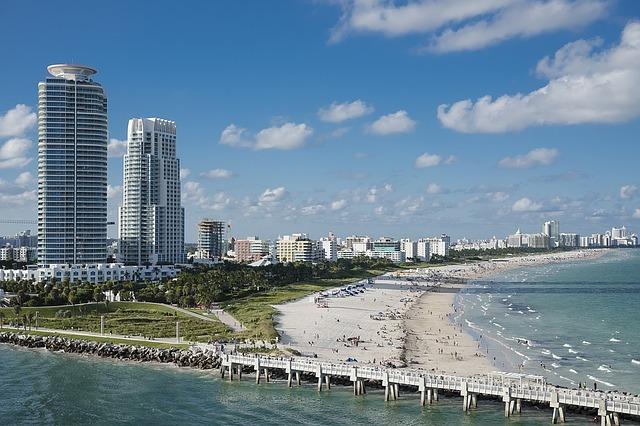 マイアミに行く前に知っておきたい観光情報をご紹介!人気観光地の魅力は?