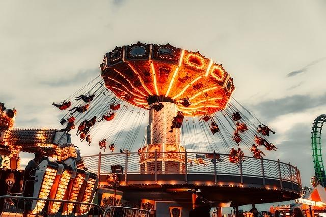 関東のカップルで楽しめるおすすめ遊園地10選!人気のスポットをご紹介!