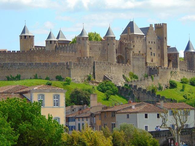 カルカッソンヌの見どころは?有名な城塞都市をご紹介!