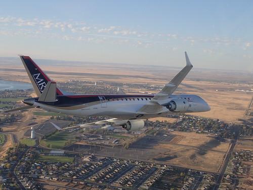国産ジェット機「MRJ」ってどんな飛行機?特徴などを解説!