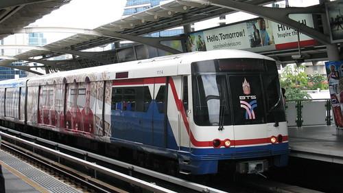 バンコクのBTSを活用して効率よく観光!乗り方や料金をご紹介!