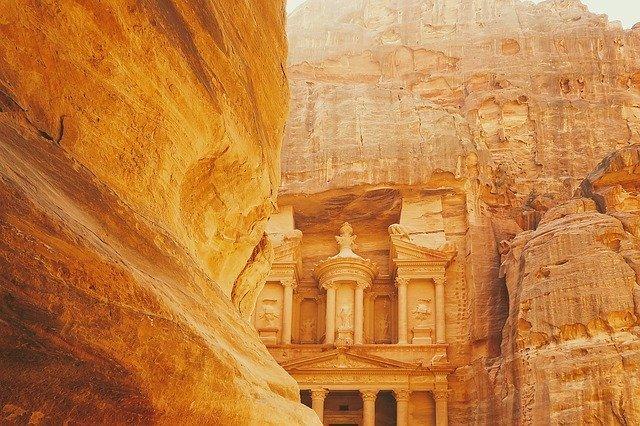 ヨルダンの治安ってどう?旅行前に知っておきたい物価や気候などの情報をご紹介!