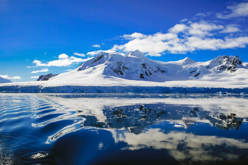 南極の行き方は?日本から南極に行く方法、時間、気になる費用をご紹介!