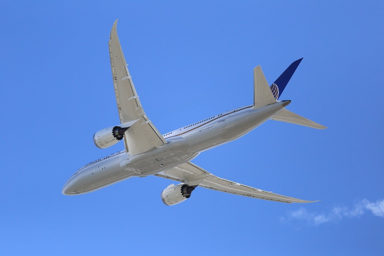 ボーイング787ってどんな飛行機?他の飛行機との違いをご紹介!