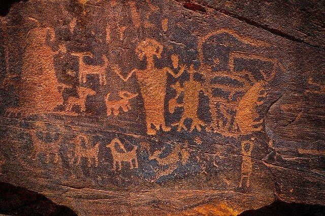 ペトログリフって何?ハワイの歴史を感じる古代文字をご紹介!