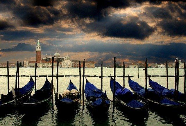 イタリア語の観光&ビジネスで使える挨拶32選!基本の簡単な挨拶をご紹介!
