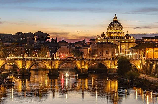 ローマ観光といえばココ!10つの有名な定番の見どころをご紹介!