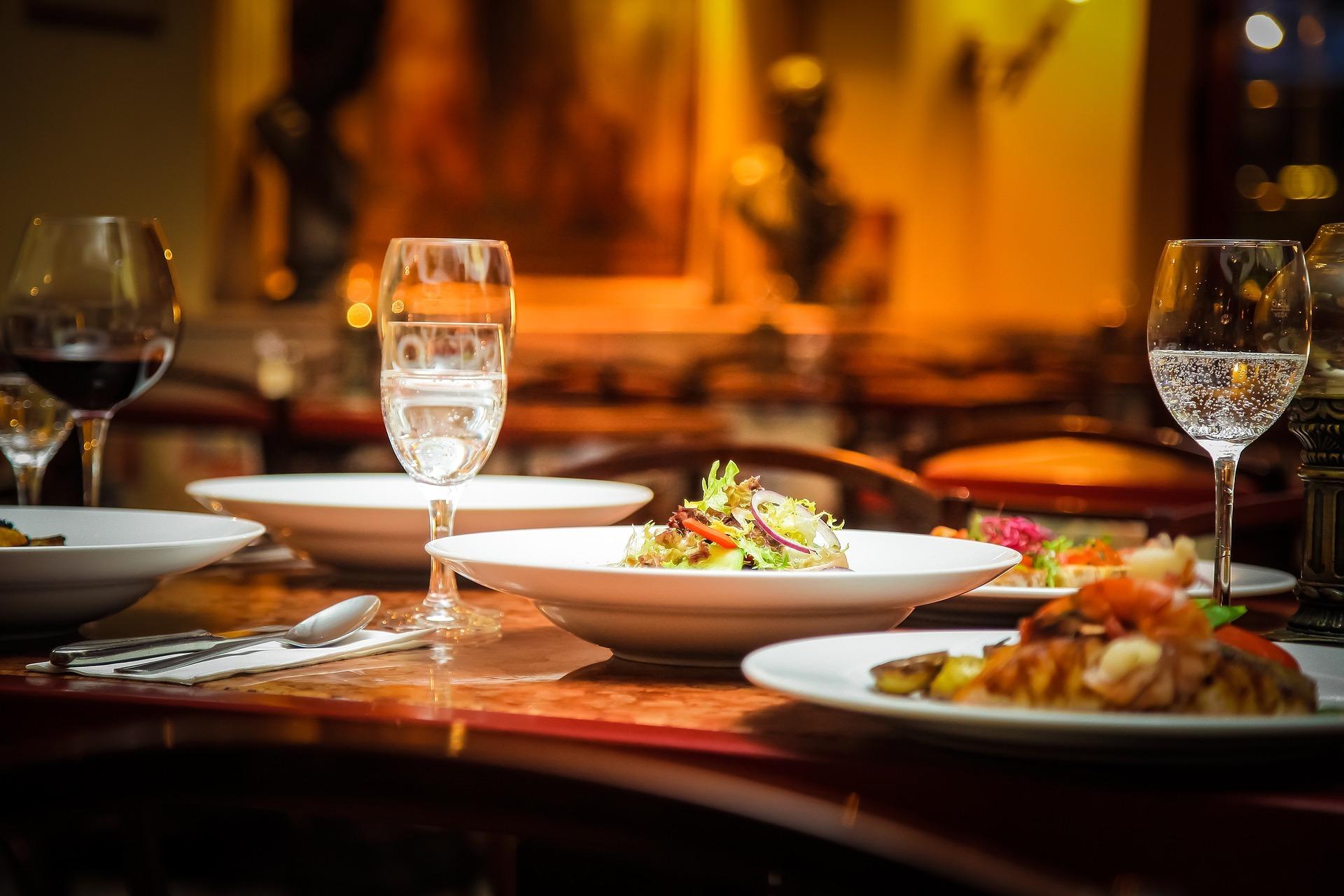 山中湖周辺でおしゃれなグルメが楽しめるディナー18選!おいしいお店をご紹介!