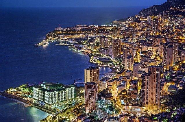 【世界2位の狭小国】モナコの面積はどれくらい?狭さをわかりやすく比較解説!