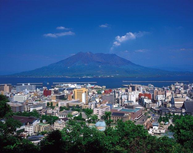 鹿児島県の大きさはどのくらい?面積・人口・人口密度を比較解説!