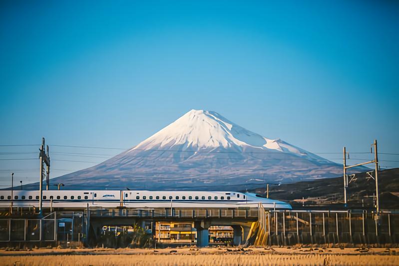 静岡県の大きさはどのくらい?面積・人口・人口密度を比較解説!