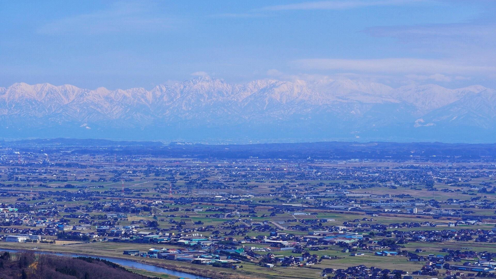 富山県の大きさはどのくらい?面積・人口・人口密度を比較解説!