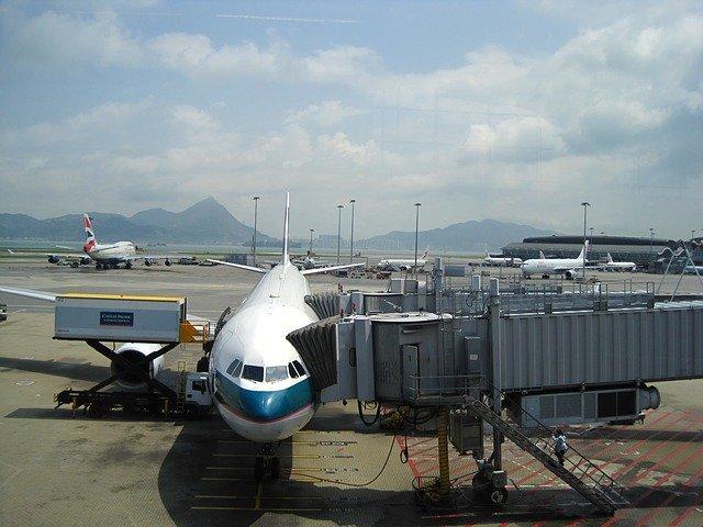 香港国際空港の乗り継ぎでの流れを解説!時間をつぶすおすすめの方法は?