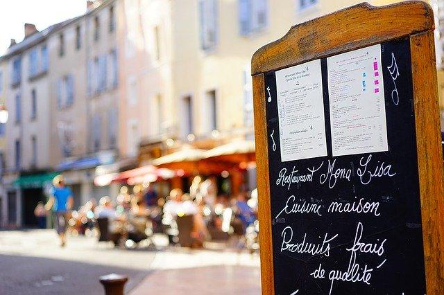 ホテルで使える英語10選!海外旅行で役立つよく使うフレーズや用語を解説!