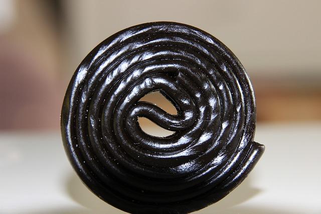 ハリボーのタイヤ型グミがまずくてヤバい?味の原因成分は?